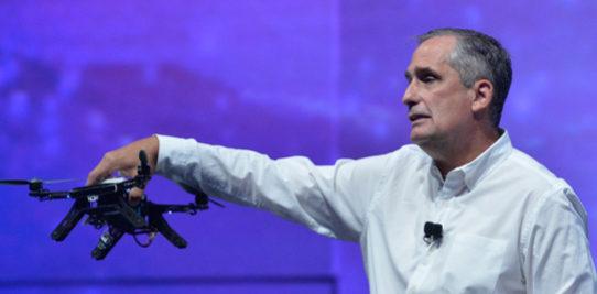 L'Aero ready to fly d'intel : un drone qui observe le monde en 3d !
